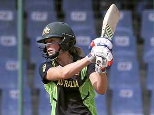 'Bradman of women's cricket' wants team effort