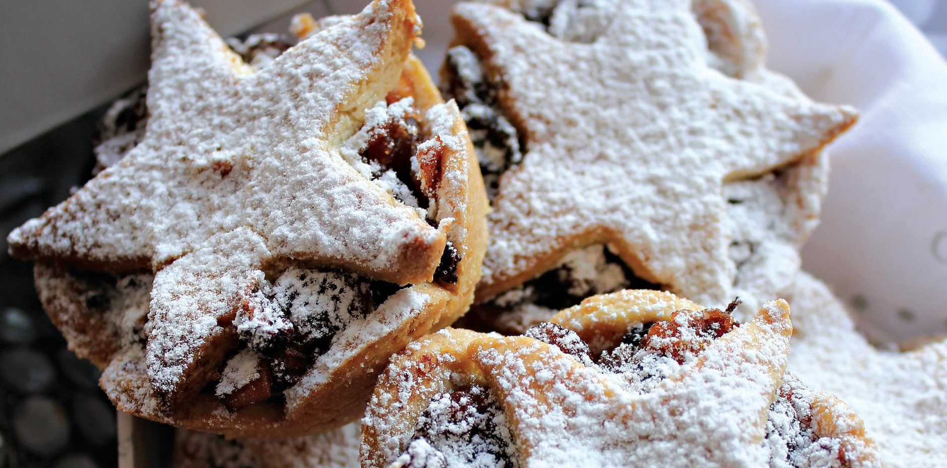 Natural fruit mince tarts.