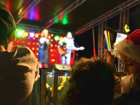 Crowds of people lined up at the stage to watch Jess Dunbar & Matt Price from X Factor perform at the Lismore Christmas Carols 2016.