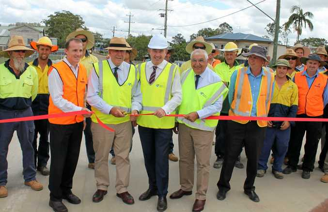 Lismore mayor Isaac Smith, Roads Minister Duncan Gay, Page MP Kevin Hogan and Lismore MP Thomas George at the official opening of the Wilson St bridge at Lismore/