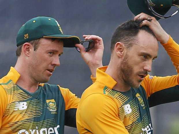 South Africa's AB de Villiers (left) and Faf du Plessis.
