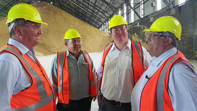 Tackling the impasse over sugar marketing was one item on the agenda when Federal Minister for Agriculture & Water Resources Barnaby Joyce toured QSL's bulk sugar terminal in Mackay with Canegrowers Mackay chairman Kevin Borg, Federal Member for Dawson George Christensen and Canegrowers Queensland chairman Paul Schembri.