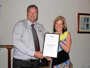 Former mayor gets award from LGAQ