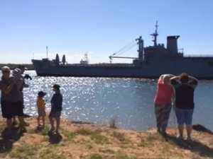Thousands gather to welcome ex-HMAS Tobruk to Bundy