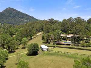 Saddle up at 2.87ha Noosa hinterland property