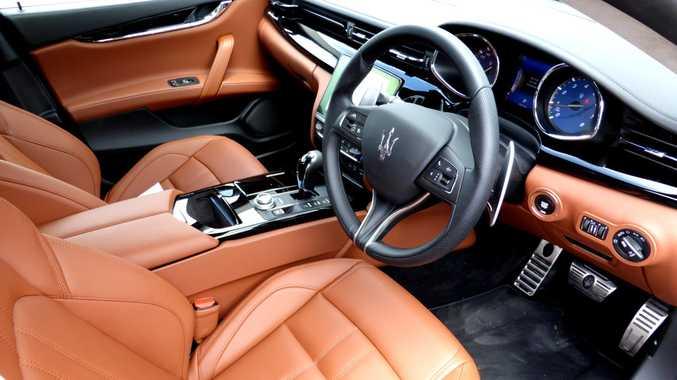 2017 Maserati Quattroporte GTS GranLusso