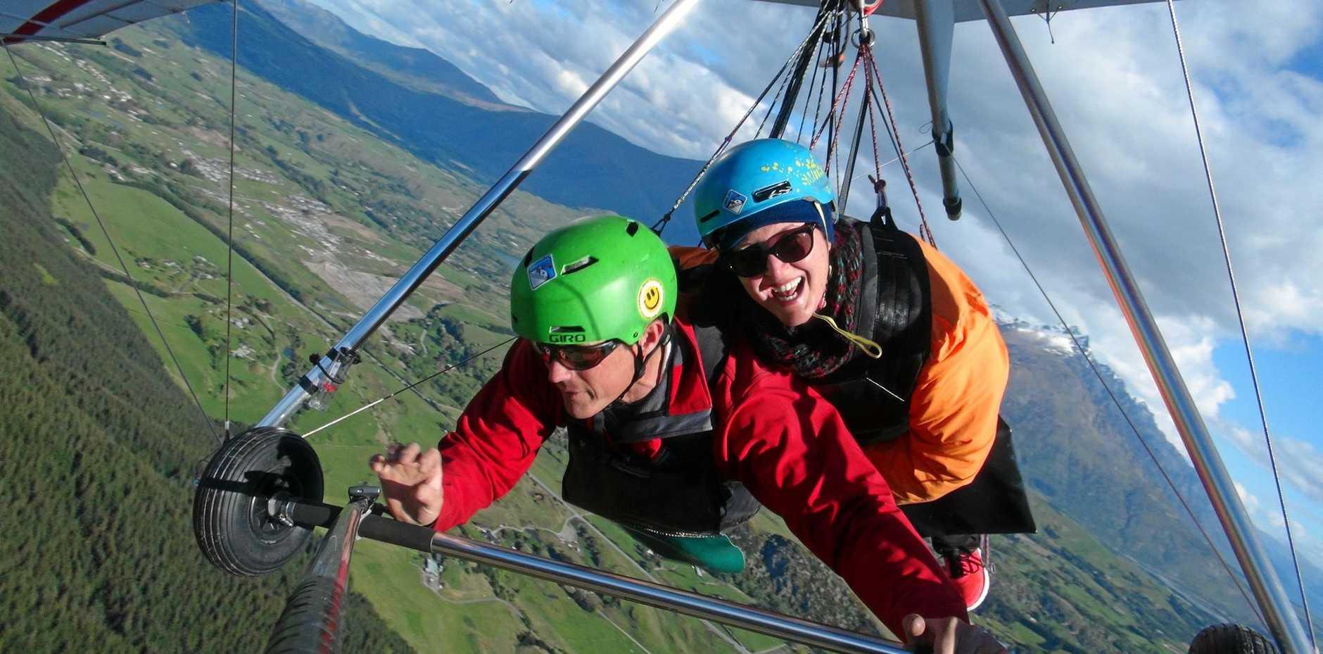 Hang gliding over Queenstown's spectacular alpine scenery.