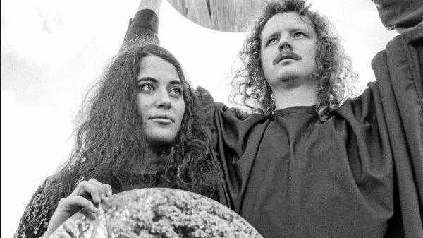 Electronic indie duo Seavera are Tori Zietsch and Daniel Pinkerton.