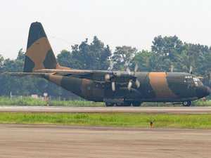 Plane crash kills 13 in mountainous Papua region