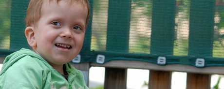 Spencer suffers from Cardiofaciocutaneous Syndrome which affects his ability to walk, but he has a wish to ride in a rainbow coloured hot air balloon.