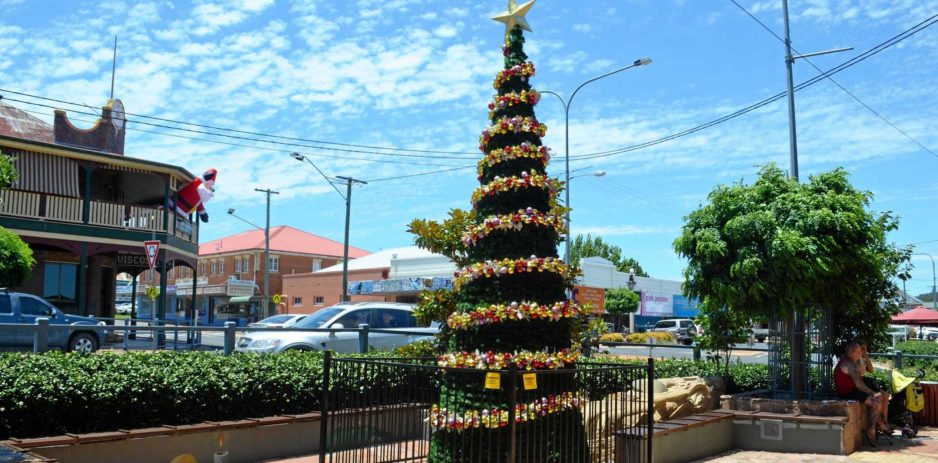 Christmas will arrive in Stanthorpe on Thursday as fun family activities fill the main street.