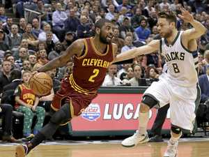 Dellavedova shines with ring on return to Cleveland