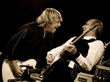 Status Quo's Rick Parfitt and Francis Rossi were a phenomenal live act.