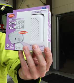 Photoelectric smoke alarms are the preferred type to replace the older model.