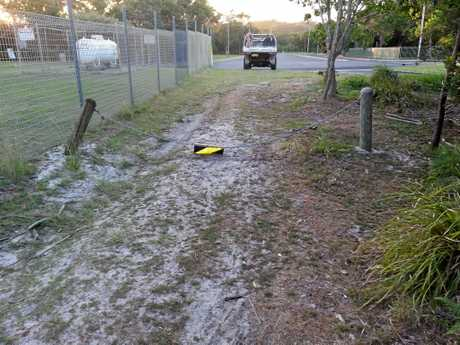 A visitor was issued with an on-the-spot-fine after driving over a chain guard at the rear entrance to Arakwal National Park next to Byron High after Jim Beatson made a complaint a State Parks and Wildlife Officer.