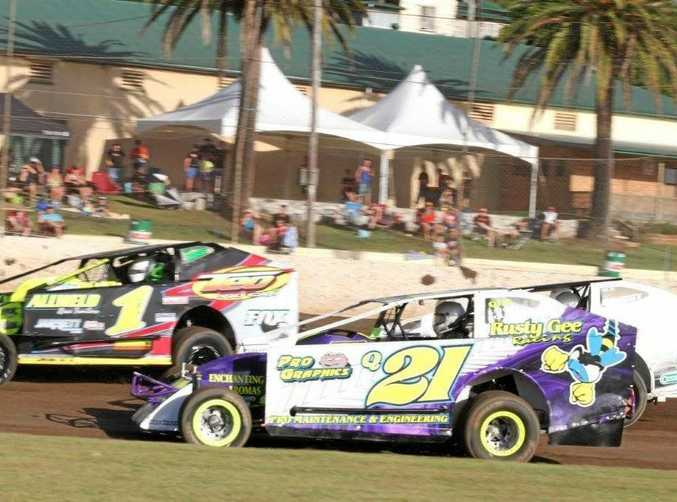 ENDURING ATTRACTION: The V8 Dirt Modifieds feature at Lismore Speedway tomorrow night will be 40 laps without a mandatory pit stop.