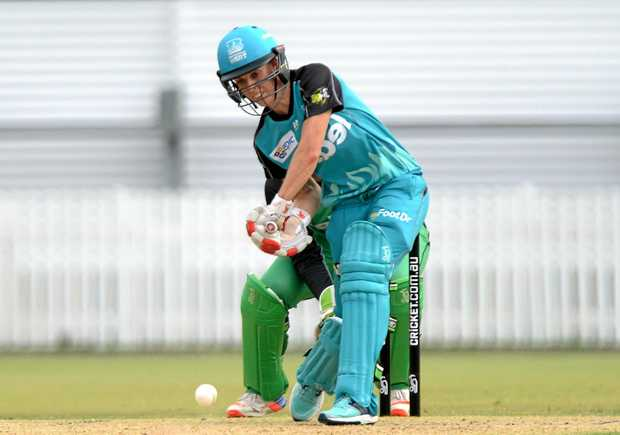 BRISBANE, AUSTRALIA - DECEMBER 26:  Kirby Short of the Heat plays a shot during the WBBL match between Melbourne Stars and Brisbane Heat at Allan Border Field on December 26, 2016 in Brisbane, Australia.  (Photo by Bradley Kanaris/Getty Images)