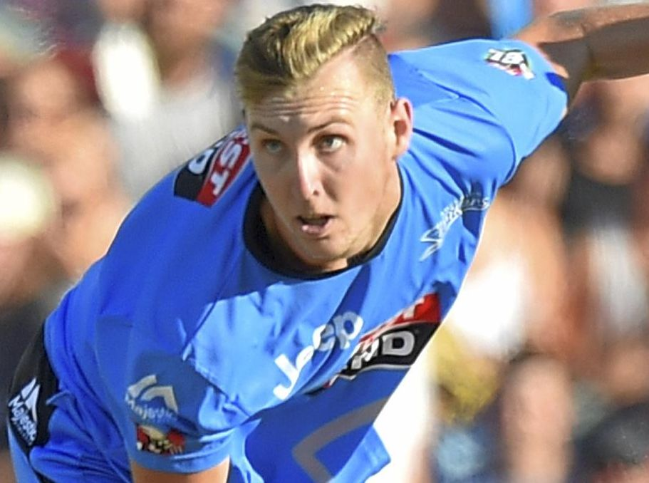 Billy Stanlake bowls for the Adelaide Strikers in the Big Bash League.