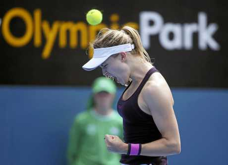 Eugenie Bouchard yells out while playing China's Shuai Zhang