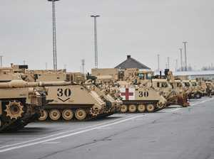 US tanks arrive in Europe as message to Russia
