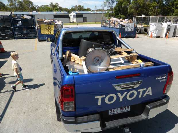Trip to the dump in long term test 2016 Toyota HiLux SR5.