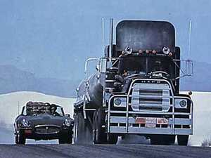 VIDEO: Five most famous Hollywood BIG RIGS meet up