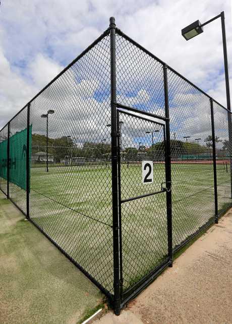 Murwillumbah Tennis Club's new fencing
