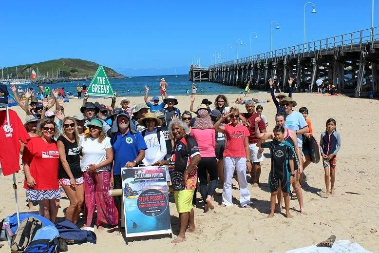 Steve Posselt dropped into Coffs Harbour on his way to Canberra to hand in a petition to take climate change more seriously.