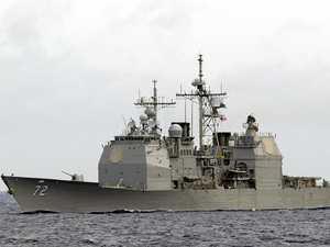 US fires warning at Iranian vessels