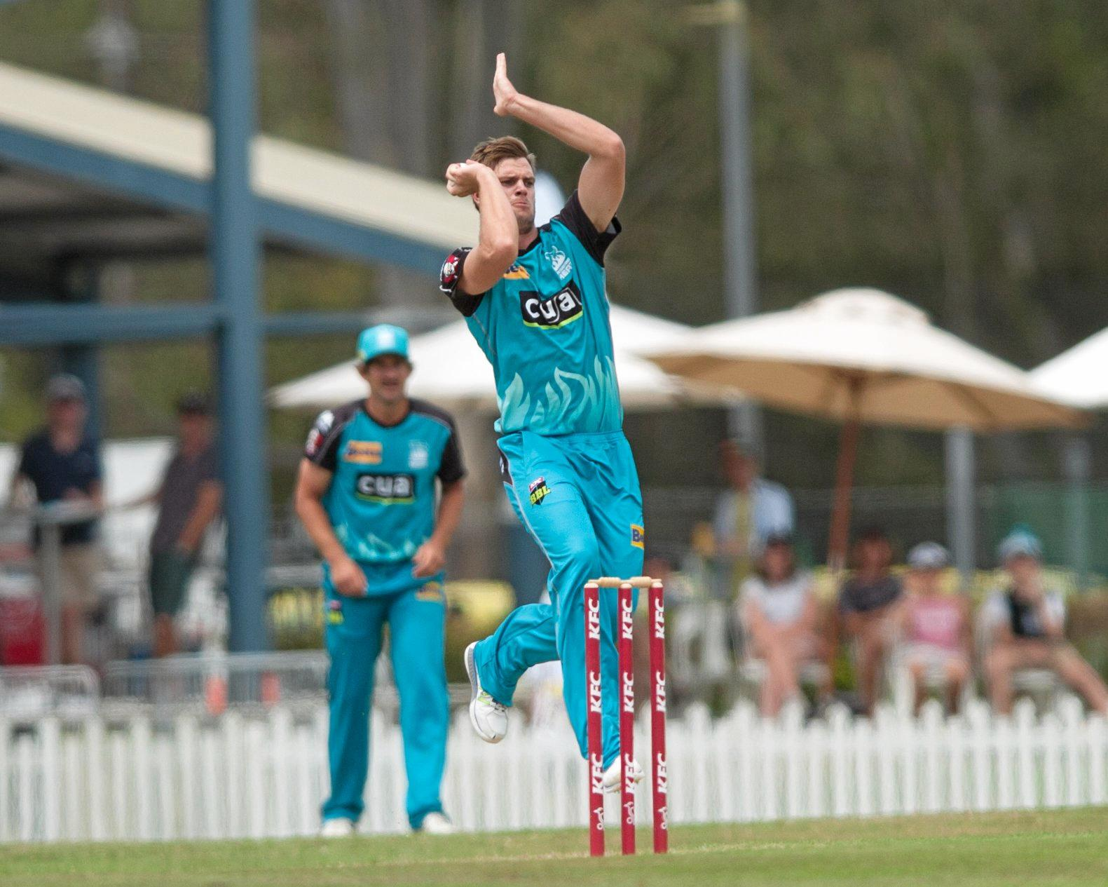 STEAMING IN: Brisbane Heat paceman Mark Steketee.