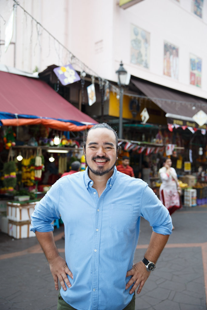 Adam Liaw in a scene from the TV series Destination Flavour Singapore.