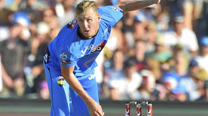 Billy Stanlake of the Strikers bowls during the Big Bash League (BBL) T20 match between the Adelaide Strikers and the Hobart Hurricanes at the Adelaide Oval.