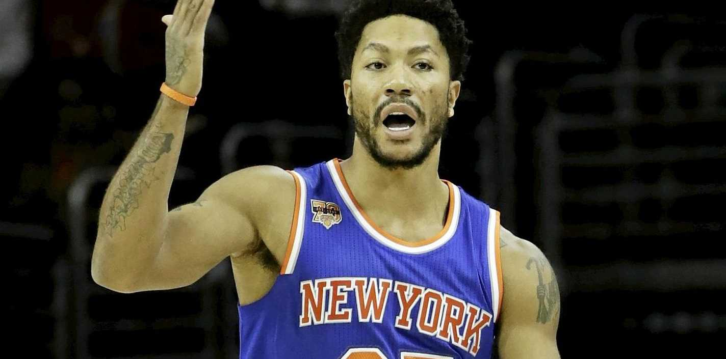 The New York Knicks' Derrick Rose in action against the Philadelphia 76ers.