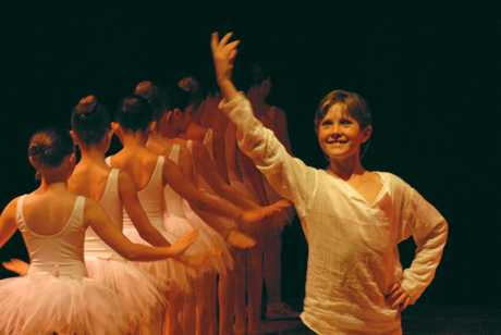 Cooper Cridland  performing at the annual Dance Dynamics Byron Bay concert in 2007.