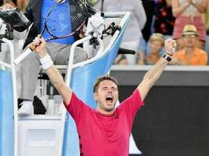 Wawrinka jeered after painful shot to the crotch