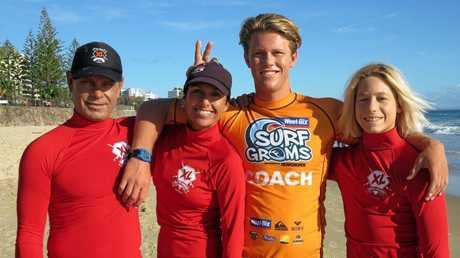 The XL Surfing Academy team.
