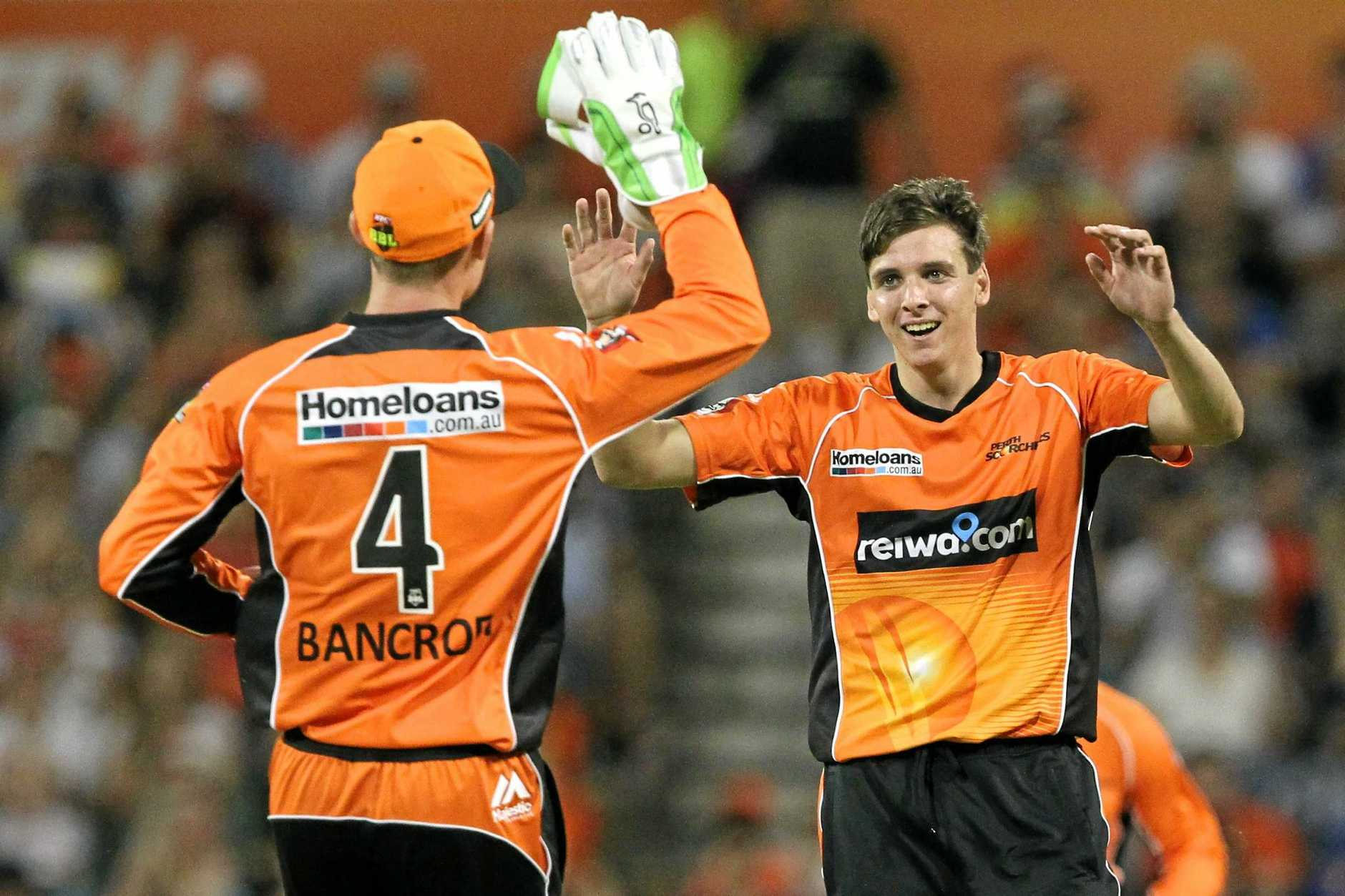 Jhye Richardson (right) of the Scorchers