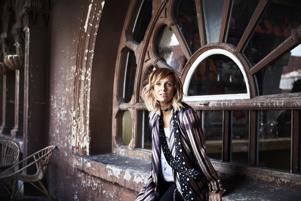 Kasey Chambers' new album Dragonfly gets 3.5 stars from Cameron Adams.