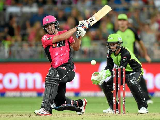 Moises Henriques of the Sixers hits a shot during the Big Bash.