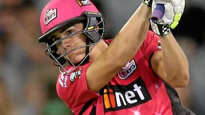 Sean Abbott batting for the Sixers against the Melbourne Stars.
