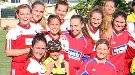 Maddie, Milla and Luca Grice with their teammates on Saturday.