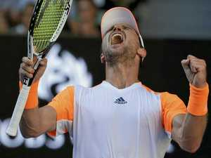 Murray follows Djokovic out of Australian Open