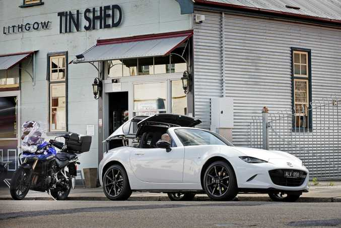 2017 Mazda MX-5 RF in Crystal White