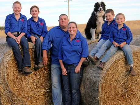 The Wattle Grove Speckle Park team Dale, Belinda, Claudia, Hugo, Max, Henry and Spud the dog.