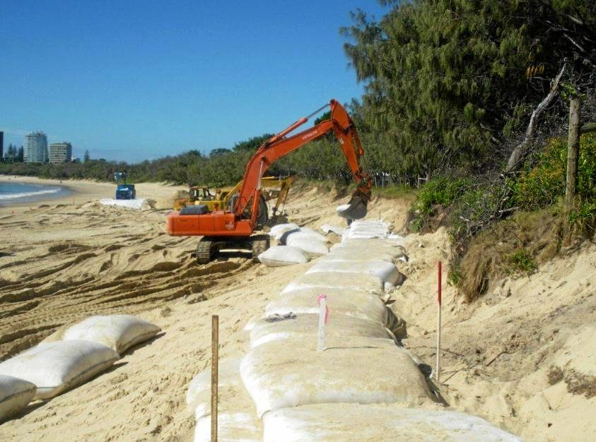 The first stage of geotextile containers were installed in 2010.