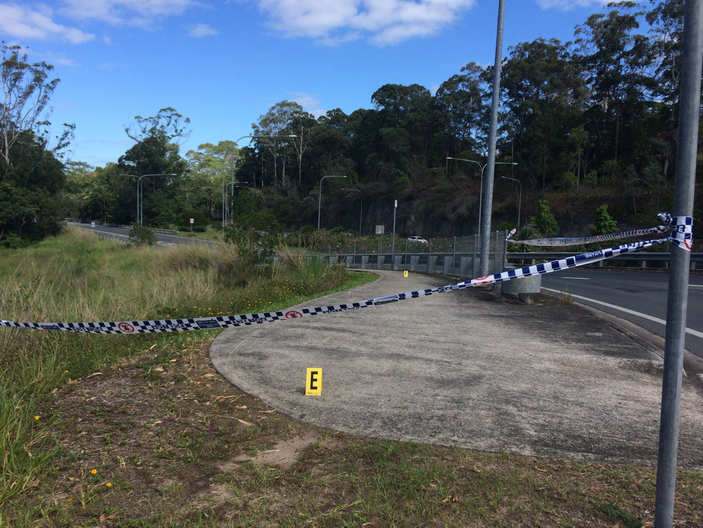 A blood trail goes across the road and down the hill along the Maroochydore Rd on ramp.