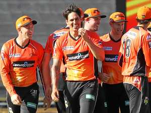 Johnson torches Stars as Scorchers progress to BBL final
