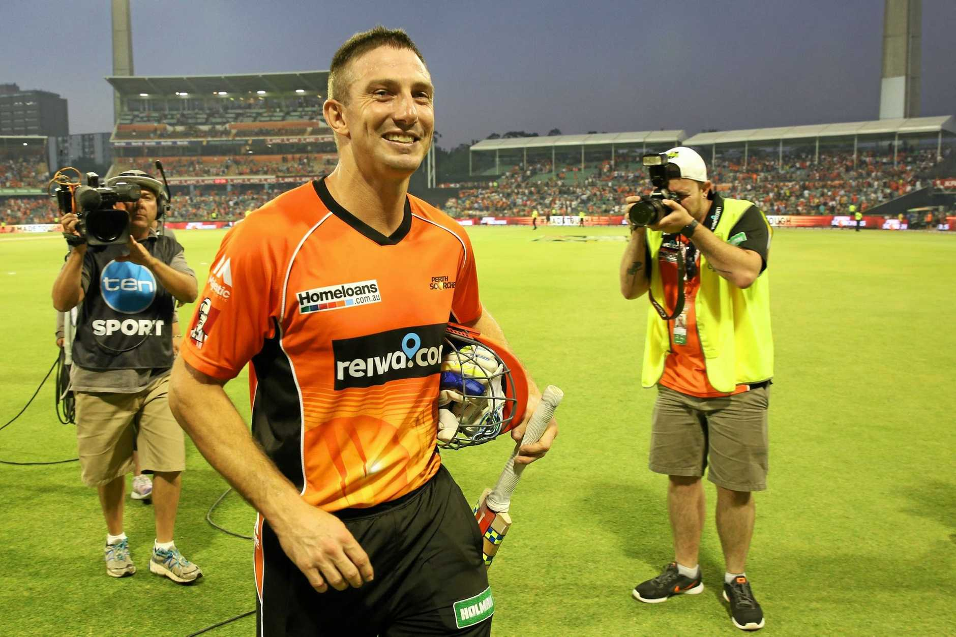Shaun Marsh  leaves the field after his outstanding knock.