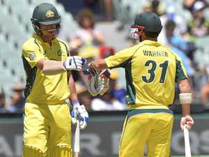 Records tumble as Aussies pile misery on Pakistan