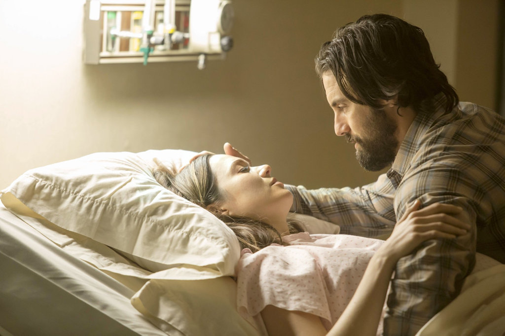 Milo Ventimiglia and Mandy Moore in a scene the TV series This Is Us.
